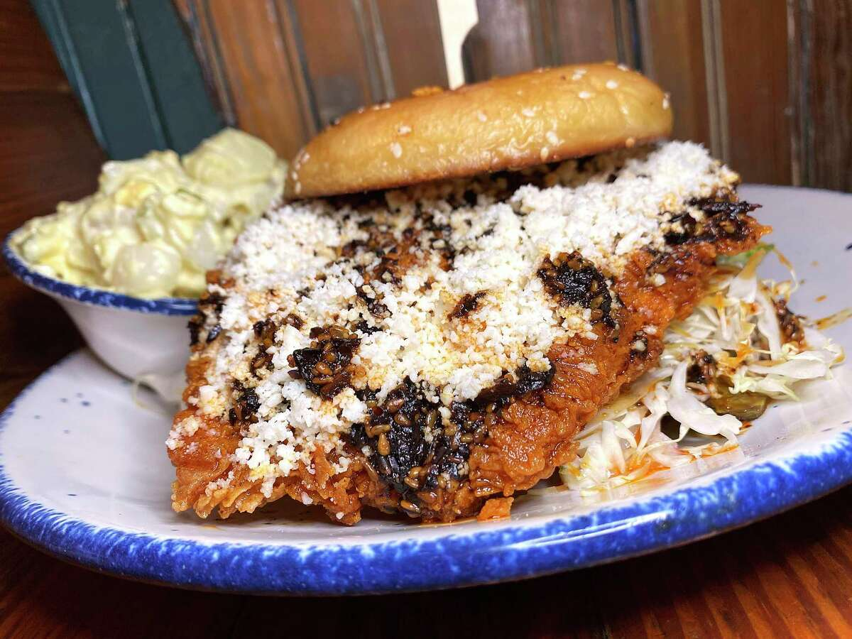 A crispy chicken macha sandwich with a side is part of the menu at Mama's Cafe.