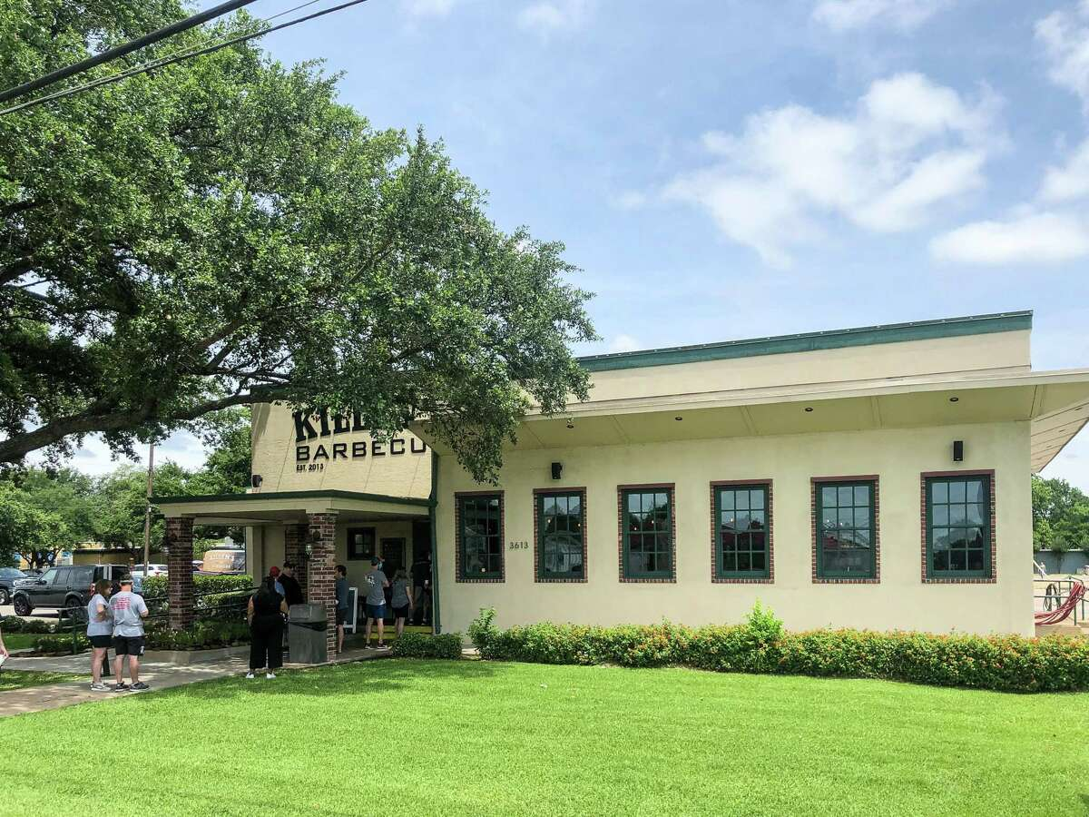 Killen's Barbecue in Pearland offers table service for dinner on weekends.
