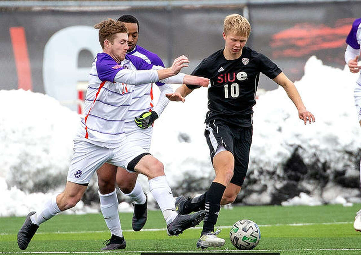 SIUE's Oskar Lenz (10), shown in action against Evansville last February, has been named to the 12-player Missouri Valley conference preseason team after leading the Cougars with 13 points (four goals, five assists) during the abbreviated 2021 spring season. He was third in the Mid-American Conference in scoring while leading the league in assists. SIUE is returning to the MVC after four seasons in the Mid-American Conference.