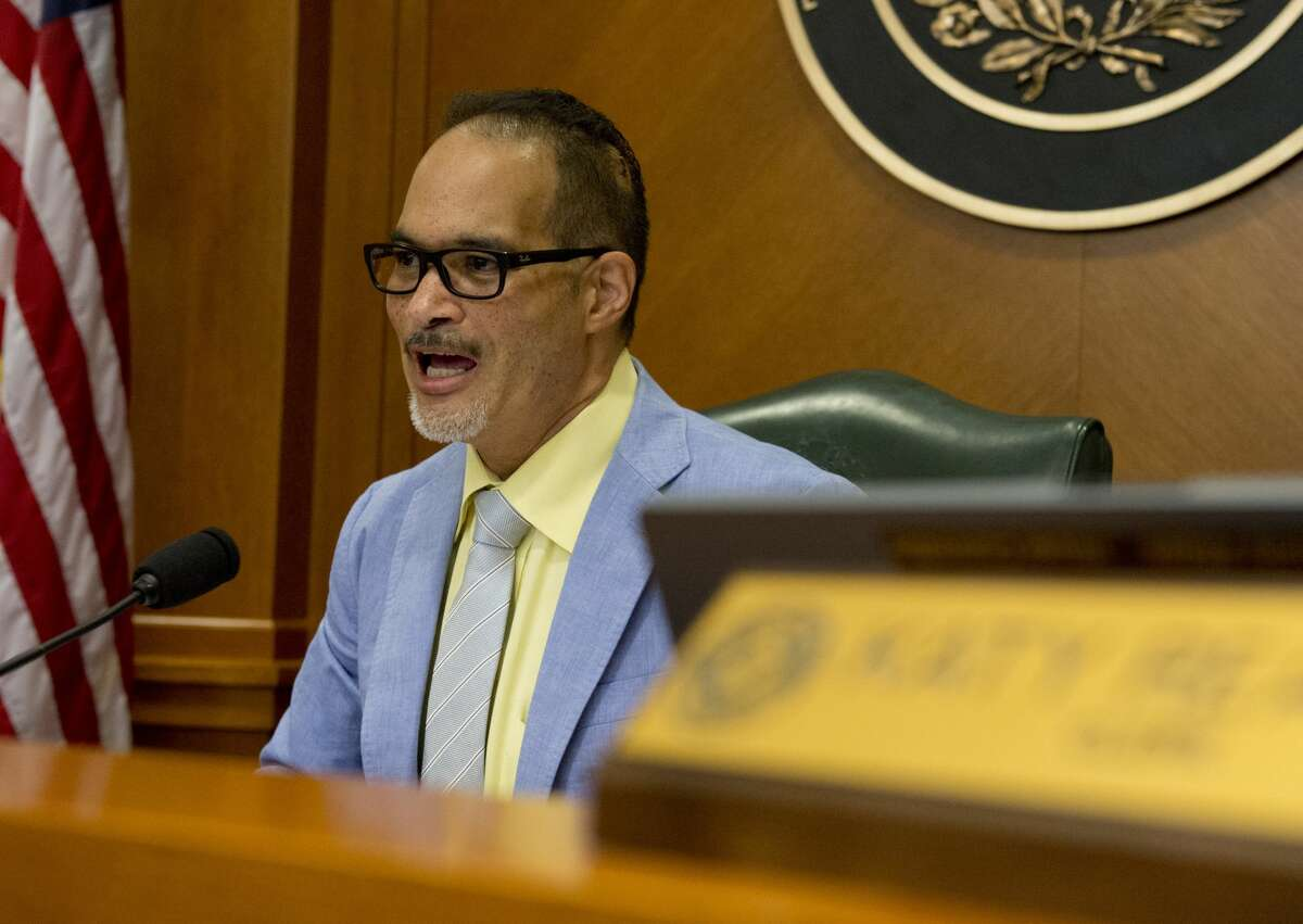 Garnet Coleman of Houston told The Dallas Morning News that he would be returning to the chamber, bringing the House one lawmaker closer to the 100 lawmakers it needed to conduct business