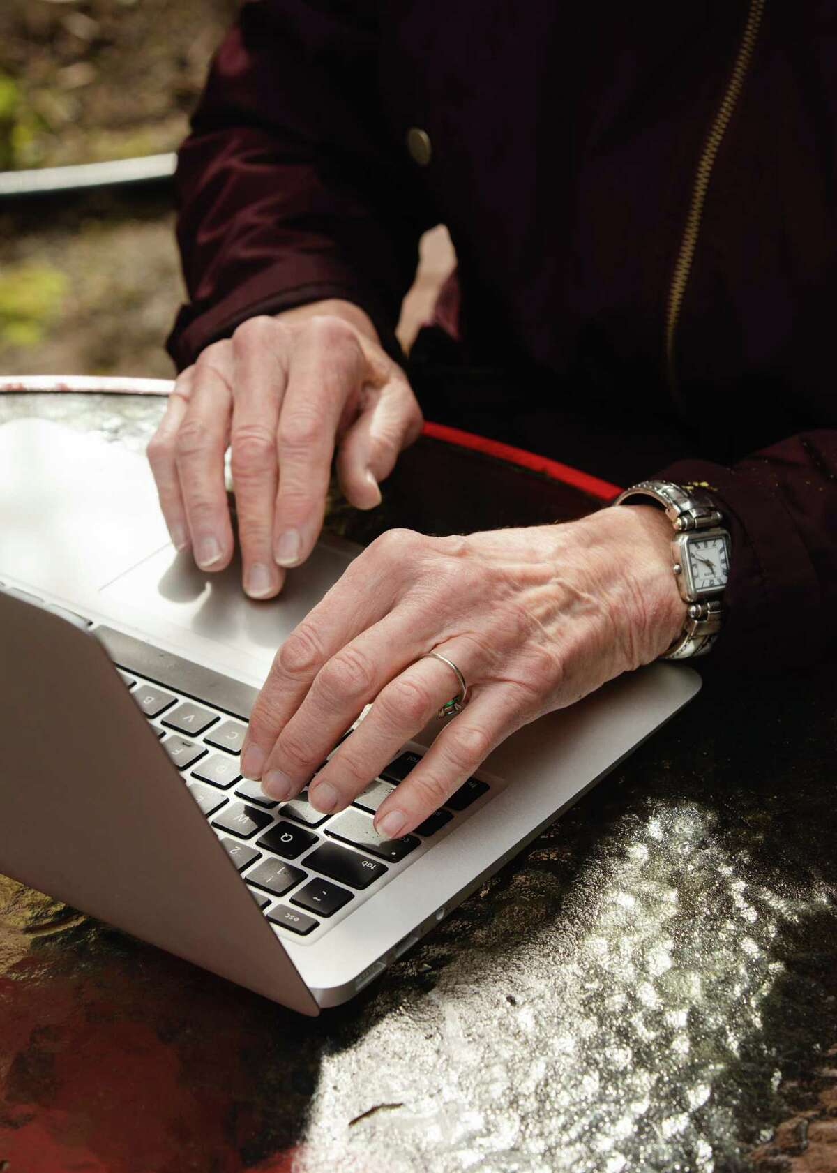 An overwhelming number of seniors in San Antonio saw the social divide of the pandemic deepened by the digital divide. Let's step up digital training and services for seniors.