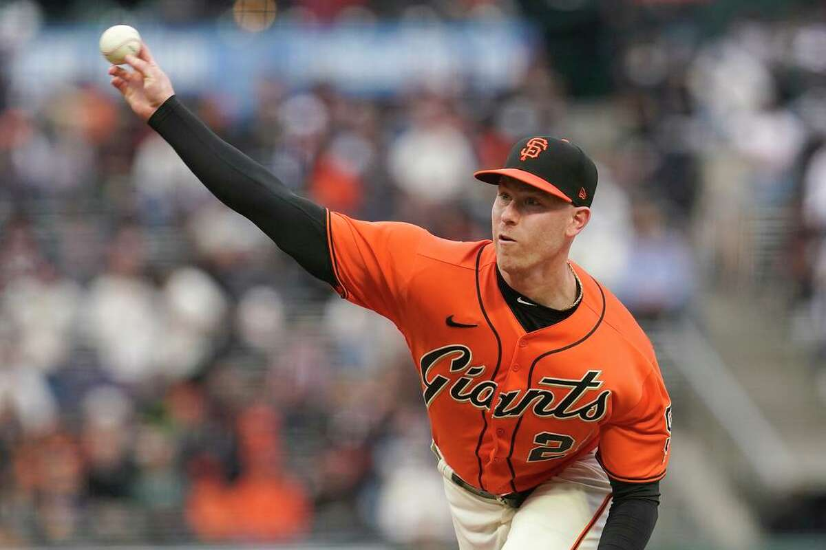 San Francisco Giants' Anthony DeSclafani pitches against the Colorado Rockies during the first inning of a baseball game in San Francisco, Friday, Aug. 13, 2021. (AP Photo/Jeff Chiu)