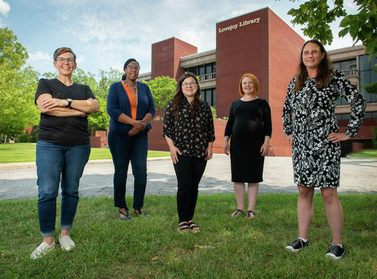 Left to right, Library and Information Services staff, Tammie Busch, assistant professor and catalog and metadata librarian, Simone Williams, assistant professor and diversity and engagement librarian, Lora Del Rio, associate professor, research and teaching coordinator, and humanities librarian; Elizabeth Kamper, assistant professor and information literacy librarian; and, Shelly McDavid, assistant professor, access and library spaces coordinator, and STEM librarian.