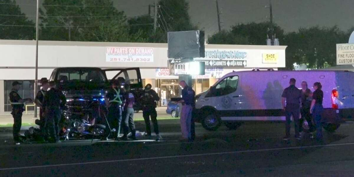 Police investigating a fatal crash involving a suspected drunk driver early Saturday on Highway 6 in west Houston.