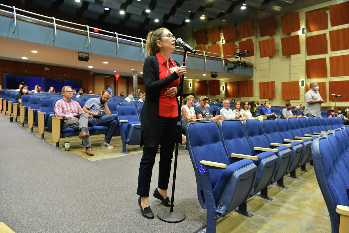 Dr. Monica Gonzales advocates for a mask mandate during Saturday's meeting.