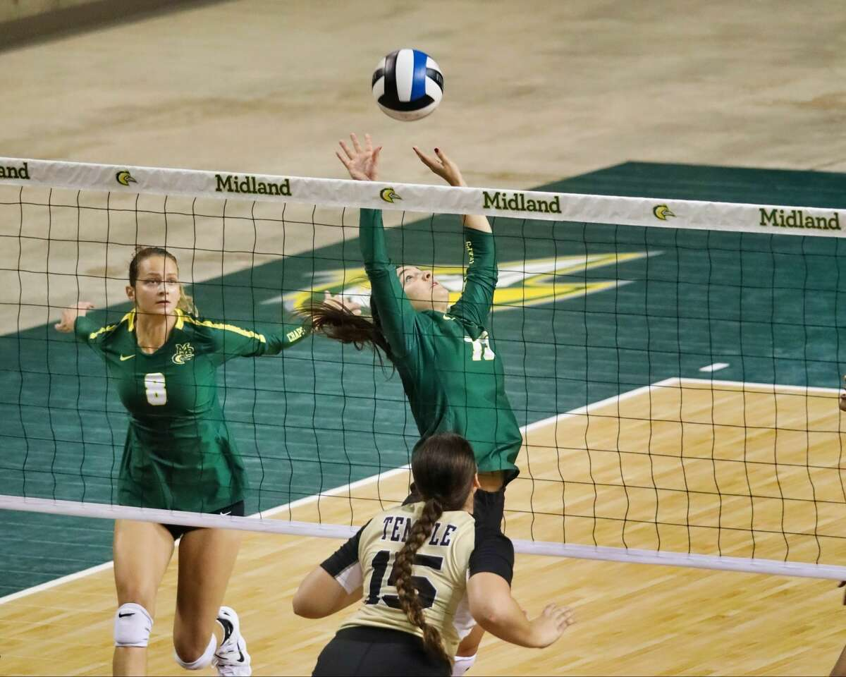 Midland College's Romi Vacca back sets versus Temple College as Lucie Maceckova (8) looks on Saturday at Chaparral Center.