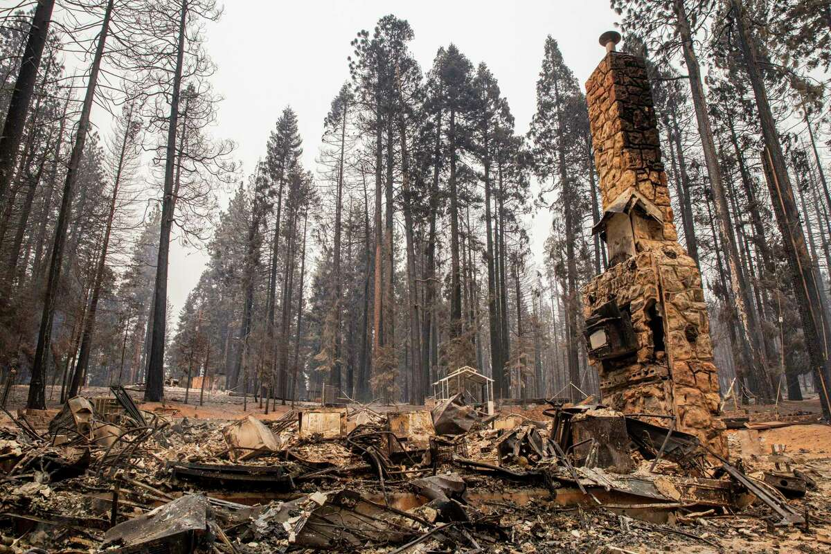 The aftermath of the Caldor Fire in Grizzly Flats (El Dorado County).