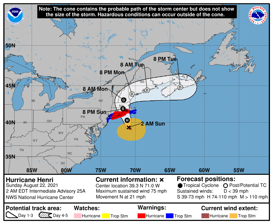 A map showing the center of Hurricane Henri near latitude 39.3 north, longitude 71.0 west.