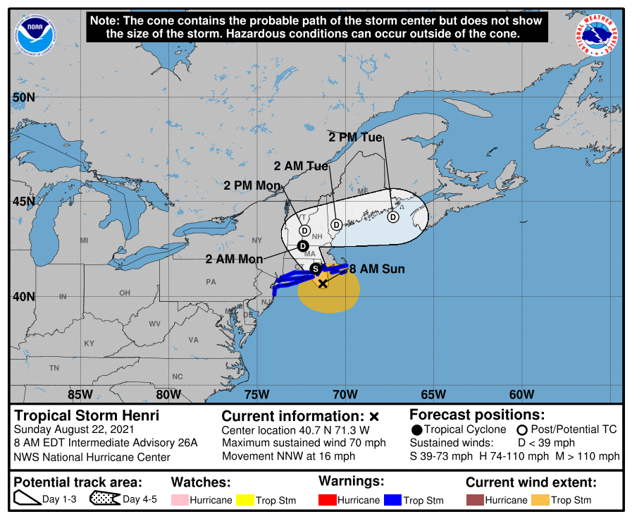 A map showing the center of Tropical Storm Henri near latitude 40.7 north, longitude 71.3 west.