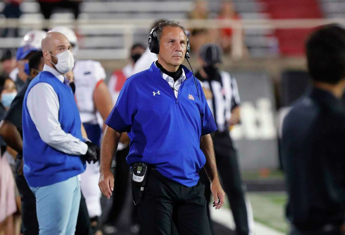 From breaking in a new starting quarterback to navigating a vastly different Southland Conference, Houston Baptist coach Vic Shealy has to deal with plenty of change in 2021.