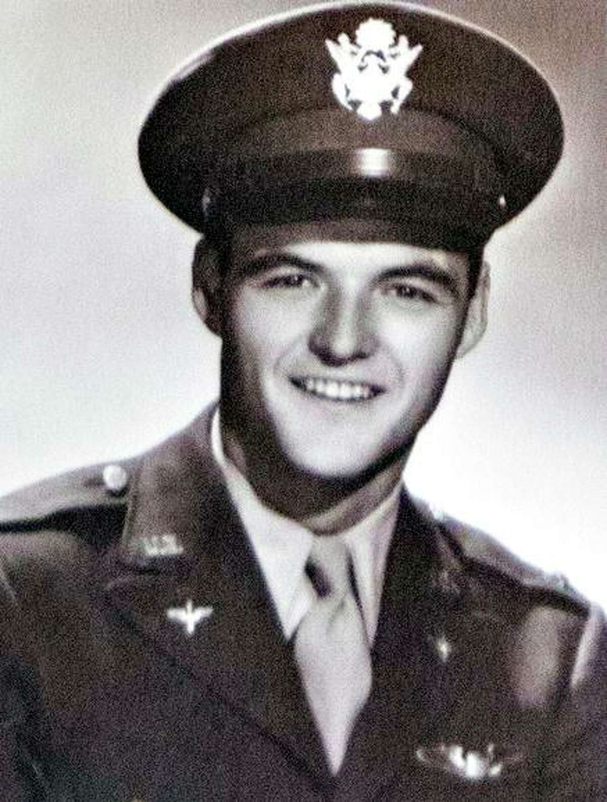 """Second Lt. Earl """" Buddy"""" Smith, an Army Air Force pilot, was an Oakland native."""