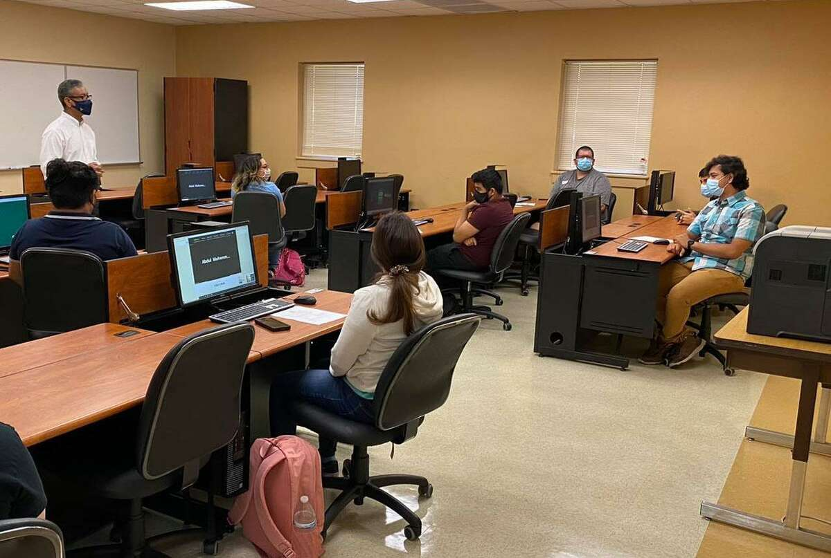 Laredo College kicks off fall semester encouraging adherence to health and safety measures