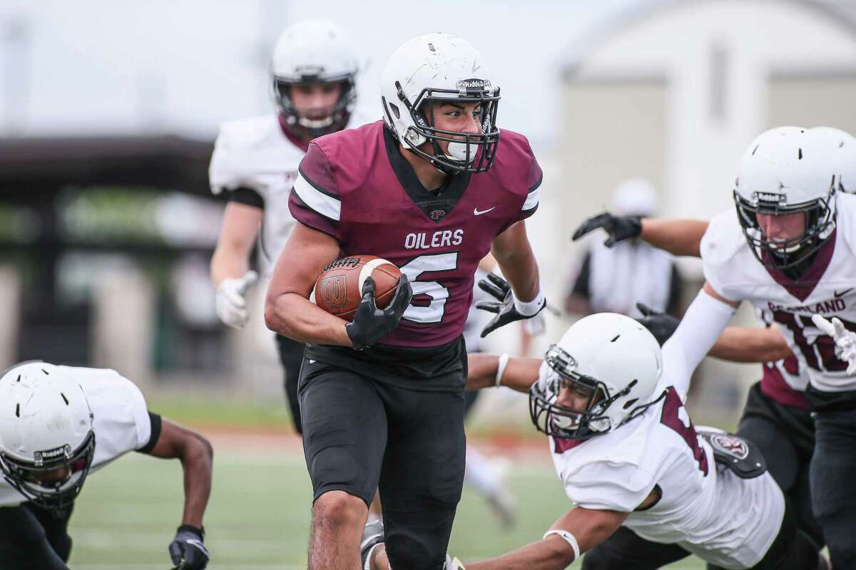Running back Dominic Serna plans to be a major contributor to the Pearland offense this season.