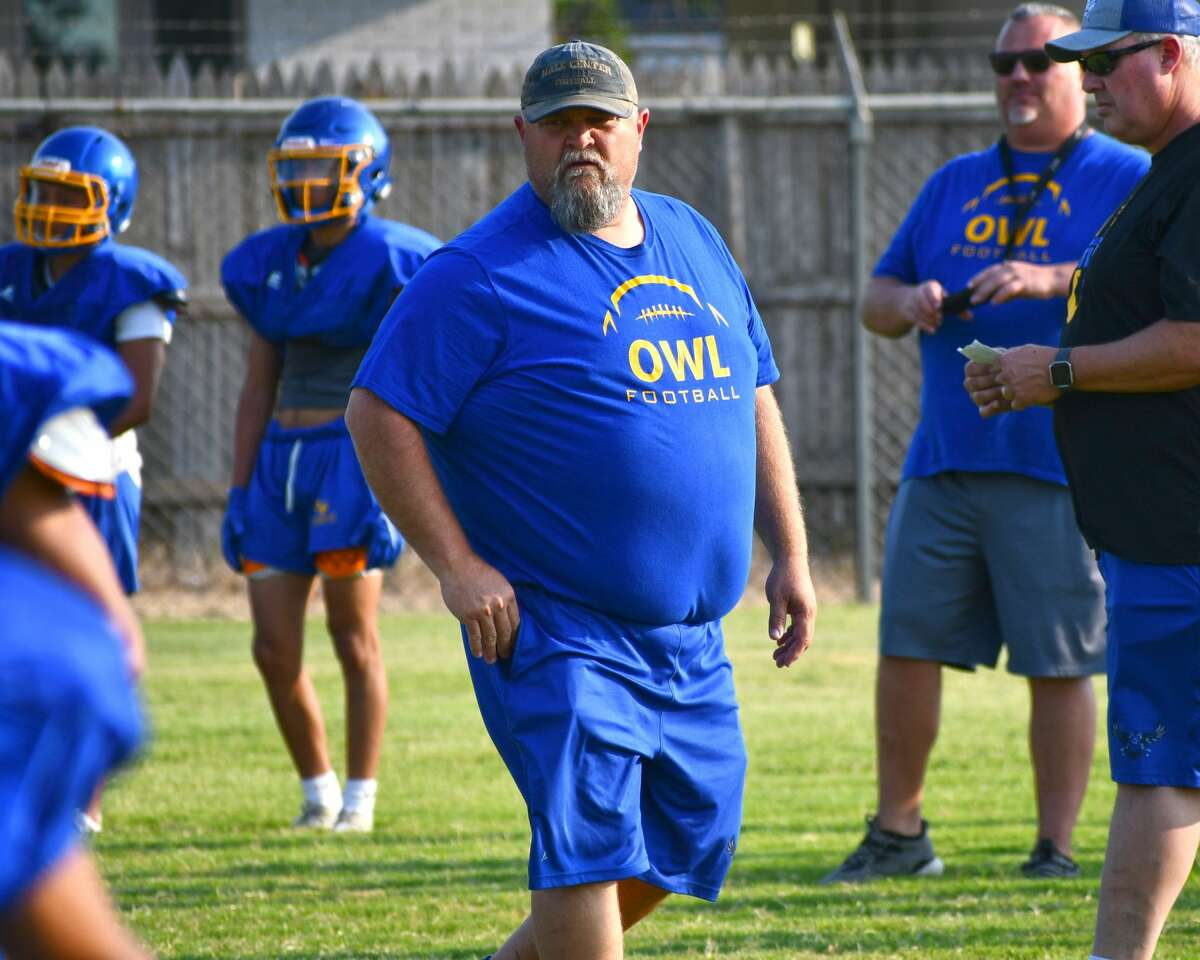 Head coach Jeff Smith and the Hale Center Owls hope to build on last year's playoff appearance.