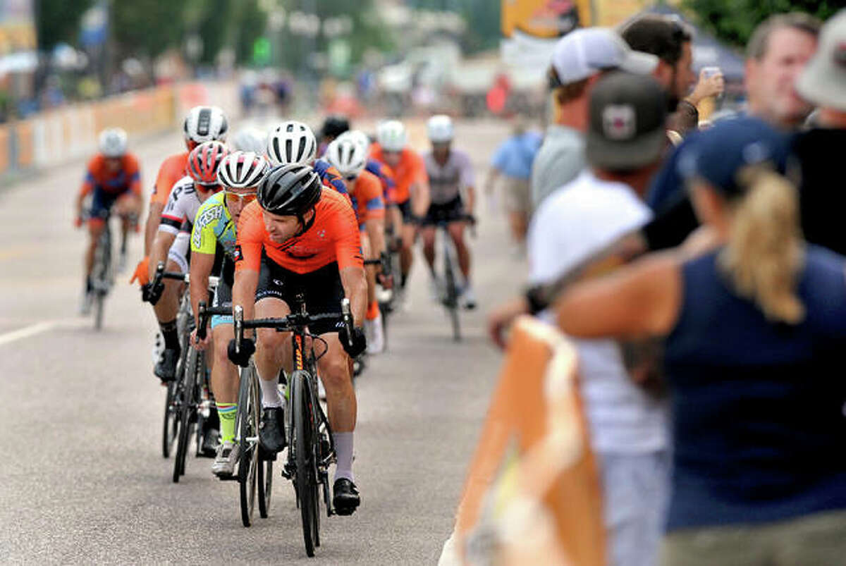 Masters 40+ and 50+ at the Criterium Saturday in Edwardsville.