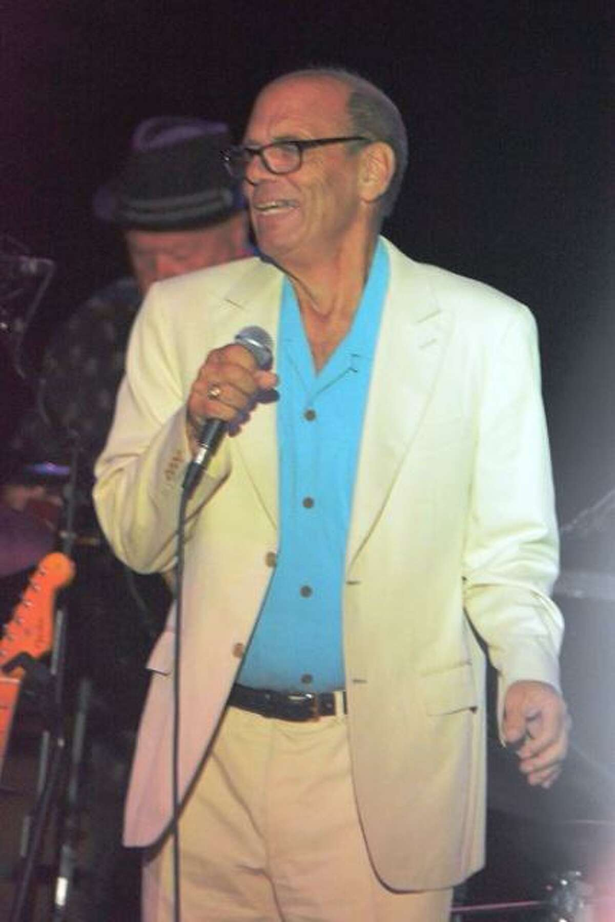 David Foster will join other performers Saturday to celebrate the 50th anniversary of the Shaboo Inn.