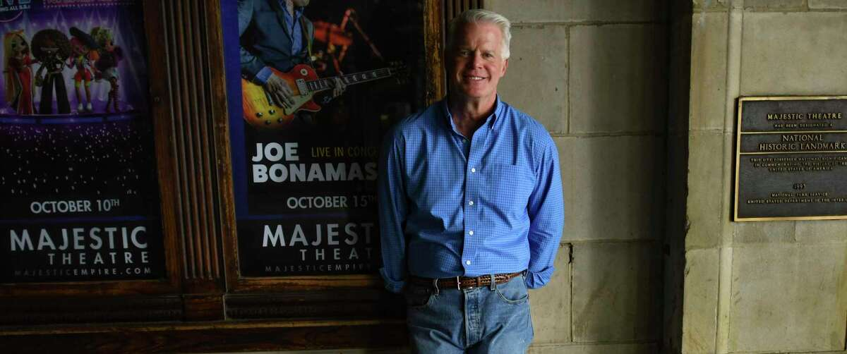 """KSAT meteorologist and """"SA Live"""" co-host Mike Osterhage recalls the shows and concerts he and his wife attended at the Majestic Theatre."""
