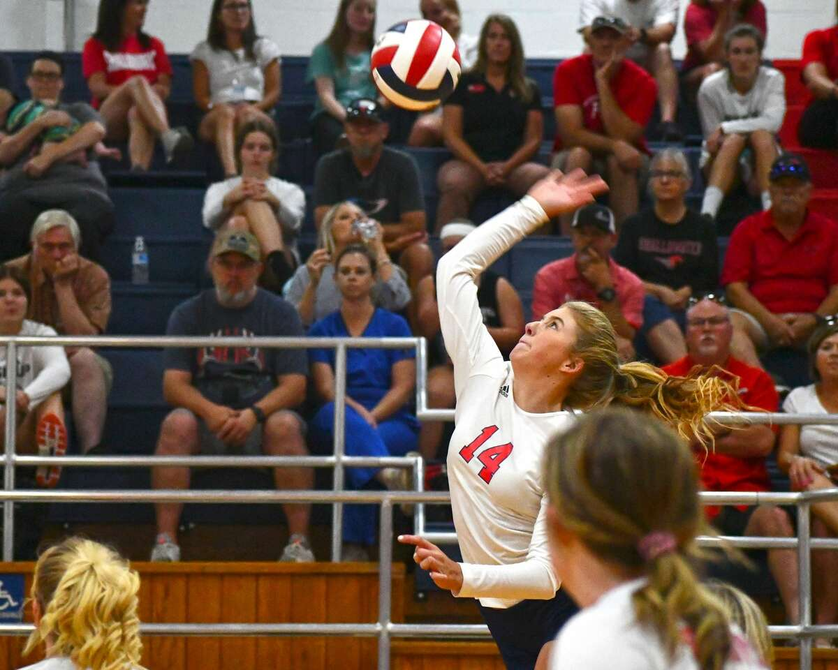 Plainview's Saige Brunson rises for the hit during a non-district volleyball game against Shallowater on Tuesday in the Dog House.