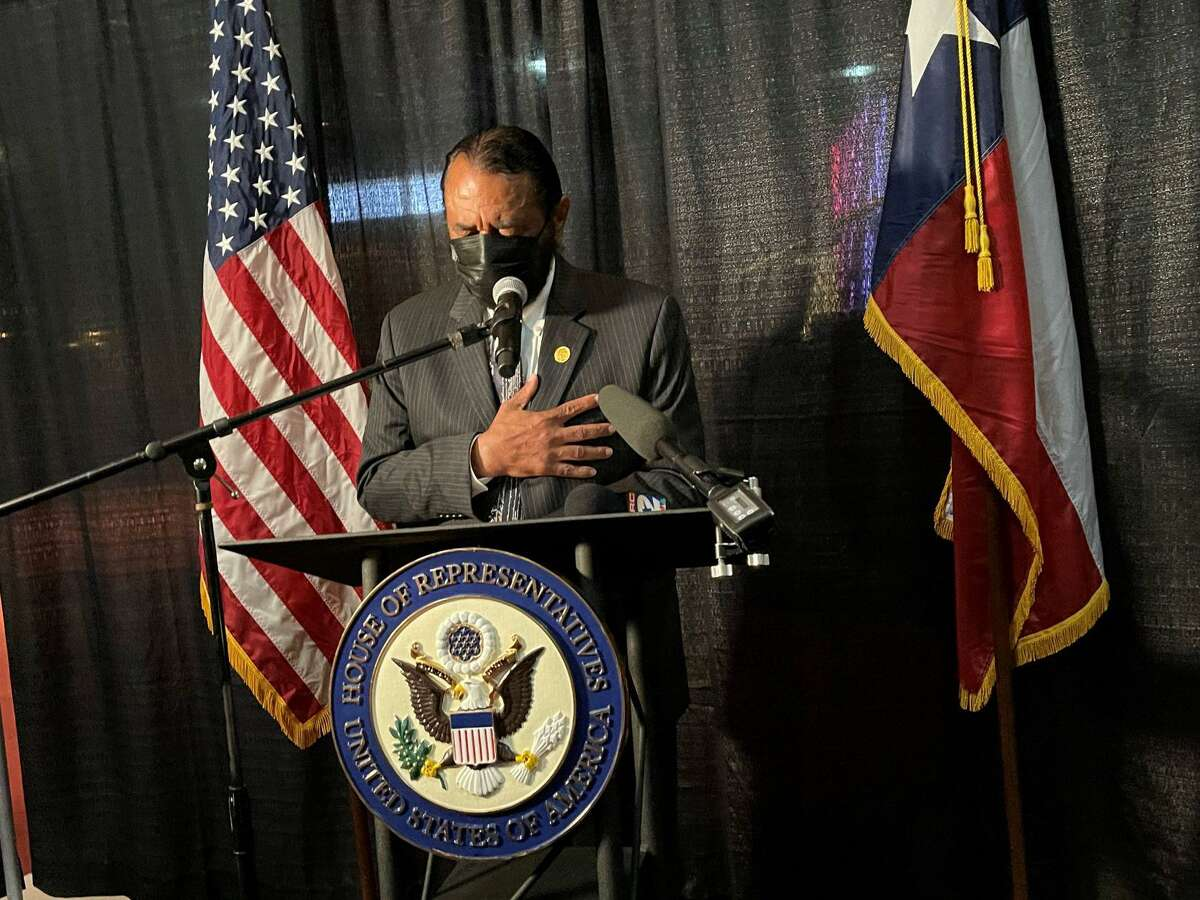 Congressman Al Green hosted Houston's first Slavery Remembrance Day commemorative town hall. The event included a COVID-19 vaccine and food distribution drive.