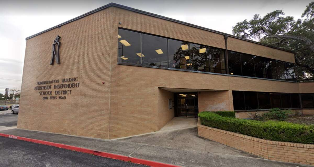 Northside ISD police removed a woman from a school board meeting on Tuesday because she refused to wear a mask.