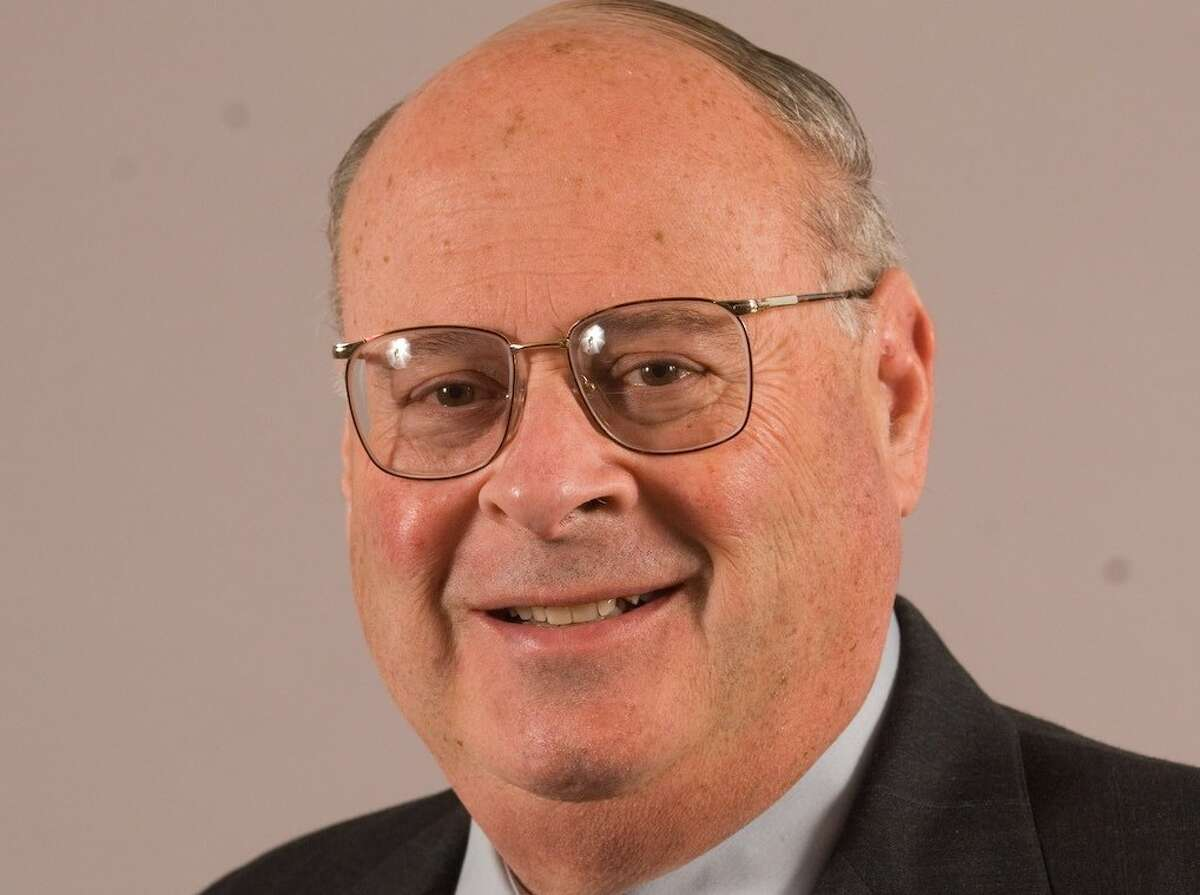 Gerald Shaye, a renowned business man and community pillar in the Capital Region has died.