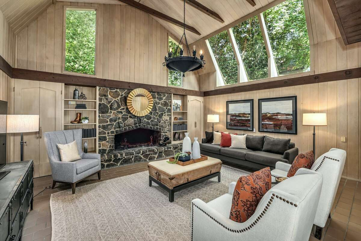 The Tudor detail has an almost mid-century modern appeal - a marriage of two great style movements. Skylights add natural light to the warm wood tones.