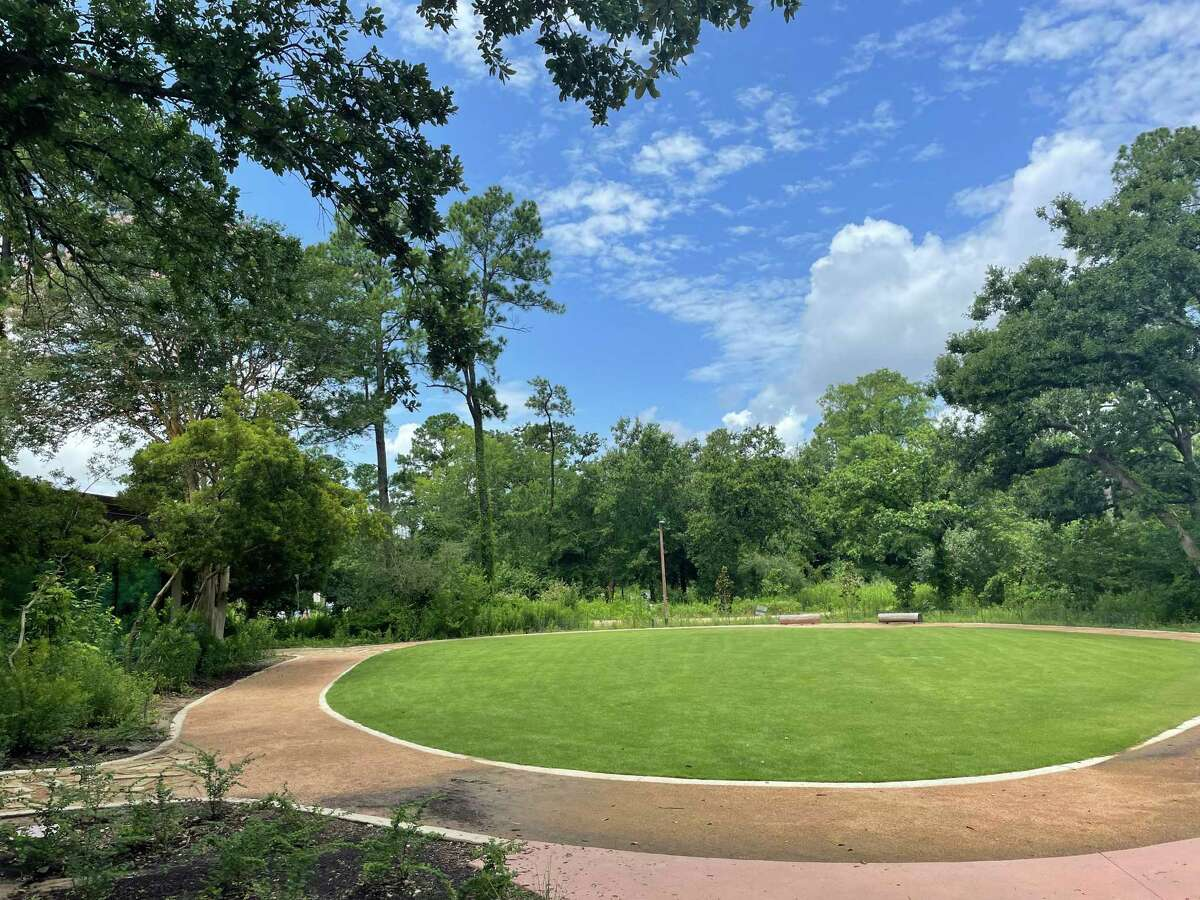 """The Houston Arboretum & Nature Center presents its inaugural """"Concert in the Courtyard"""" live music event Friday, Sept. 10, featuring the band Folk Family Revival performing in the Nature Center Courtyard from 6 p.m. - 9 p.m."""