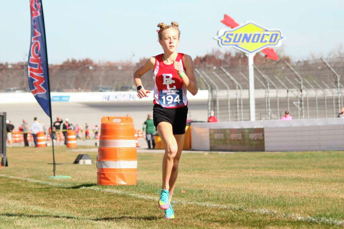 Mylie Kelly burst onto the scene last year as a freshman with a top 10 finish in the state.