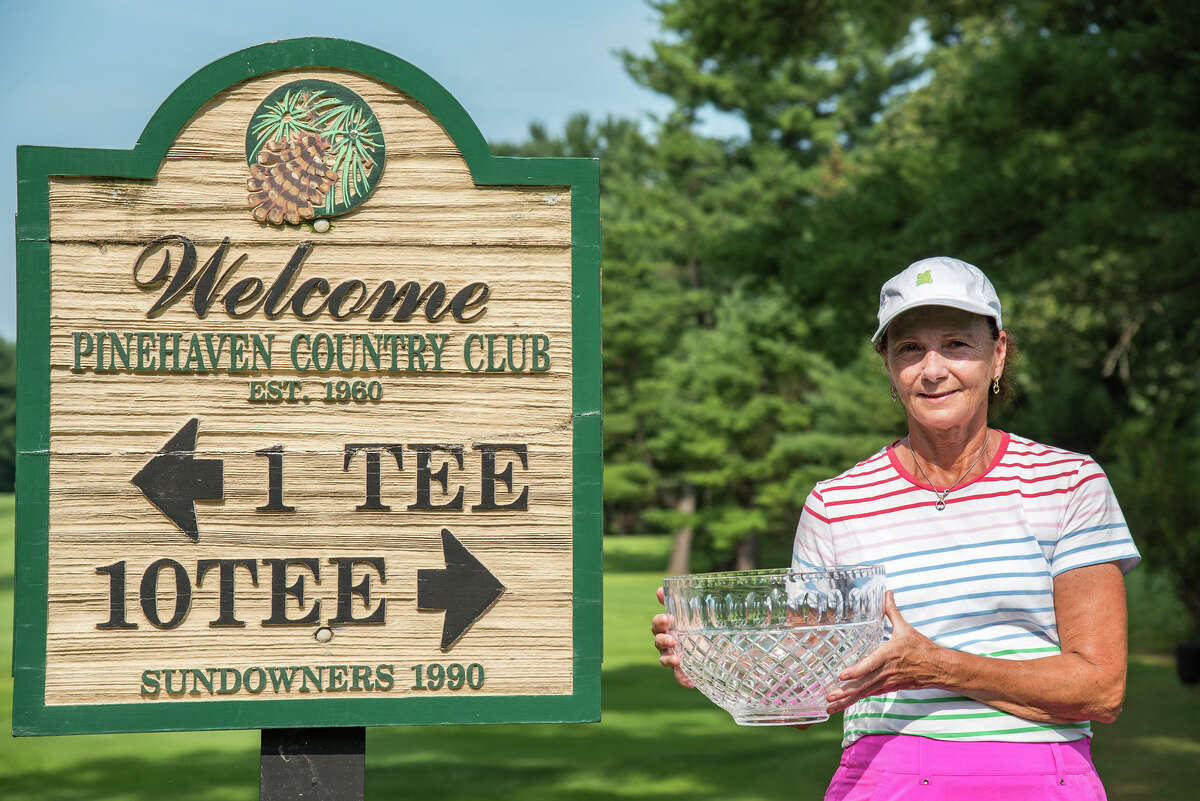 Mary Jo Kelly is the 2021 NYS Women's Super Senior Amateur Champion. The tournament was played at Pinehaven Country Club in Guilderland, N.Y., on Aug. 24-25, 2021.