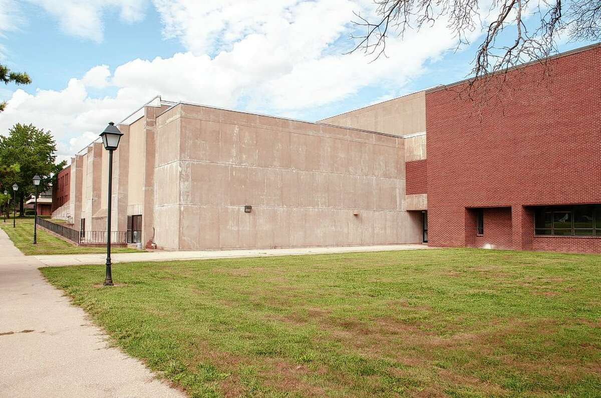 Former board members for the Jacksonville Center for the Arts have formed a new nonprofit called Jax Civic Center, which will be established in a portion of Midwest Athletic Center on the former MacMurray College campus.
