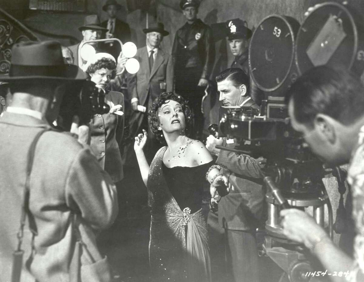"""The 1950 classic """"Sunset Boulevard,"""" starring Gloria Swanson, will be shown Friday at the new Slab Cinema Arthouse."""