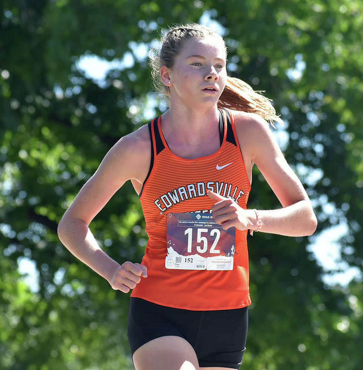 Edwardsville's Riley Knoyle will start her senior season on the sideline as she attempts to return from an injury suffered during the spring.