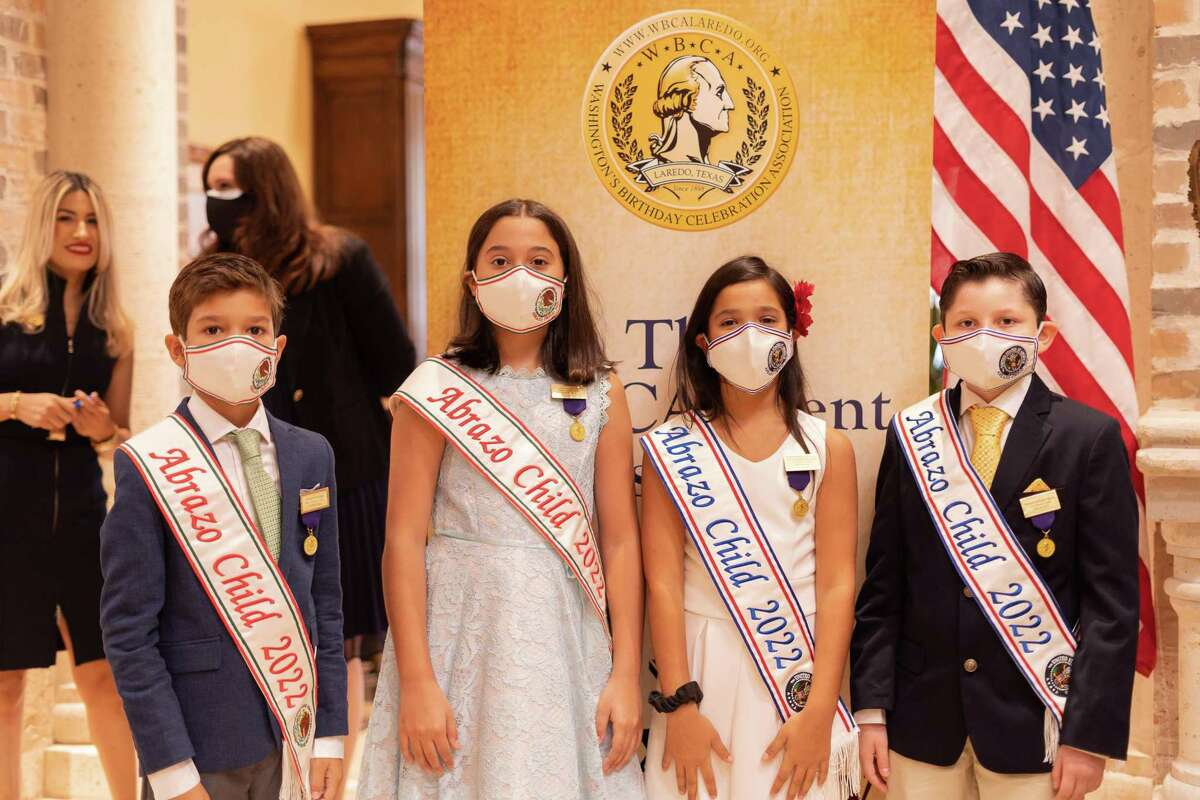 From left: Mexico Abrazo children, Joaquin Barragan Garza and Valentina Gonzalez de Anda, United States Abrazo children, Olivia Madison Palumbo and Michael Anthony Villalon. Abrazo children at the WBCA at the Mr. South Texas Award Honorees event at Texas Community Bank on Aug 26.
