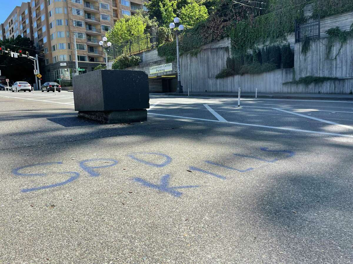 Graffiti with the anti-police message that the Seattle Police Department kills. Let's not go to this place, San Antonio