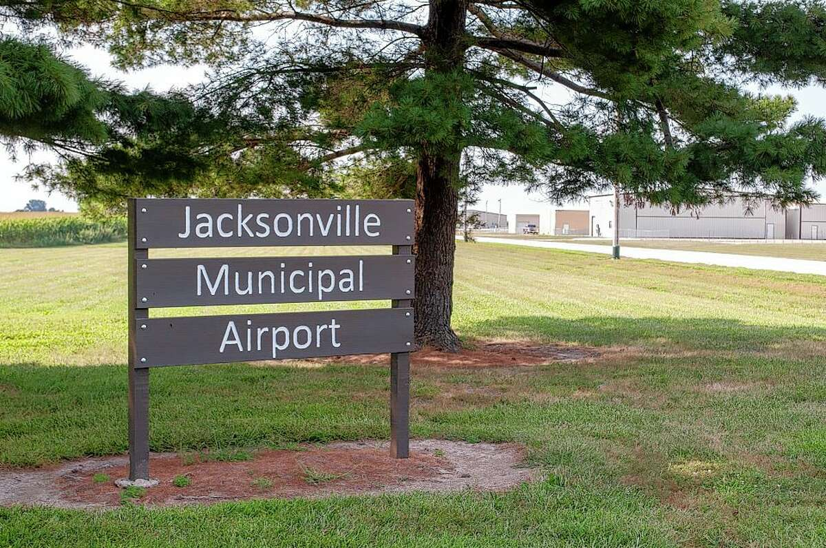 Construction on an additional hangar at Jacksonville Municipal Airport is slated to being in the spring. The total cost of the project is expected to be just under $900,000. The new hangar will have the capacity to house 10 single-engine airplanes and will bring additional revenue to the airport.