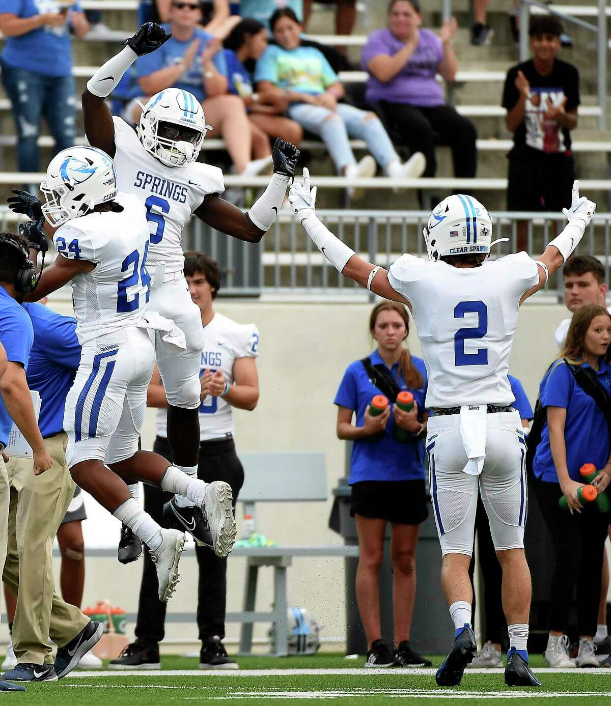 Clear Springs, which fell last week to Katy, saw Katy Tompkins rally in the final minute to claim a 53-43 win Friday night at Challenger Columbia Stadium.