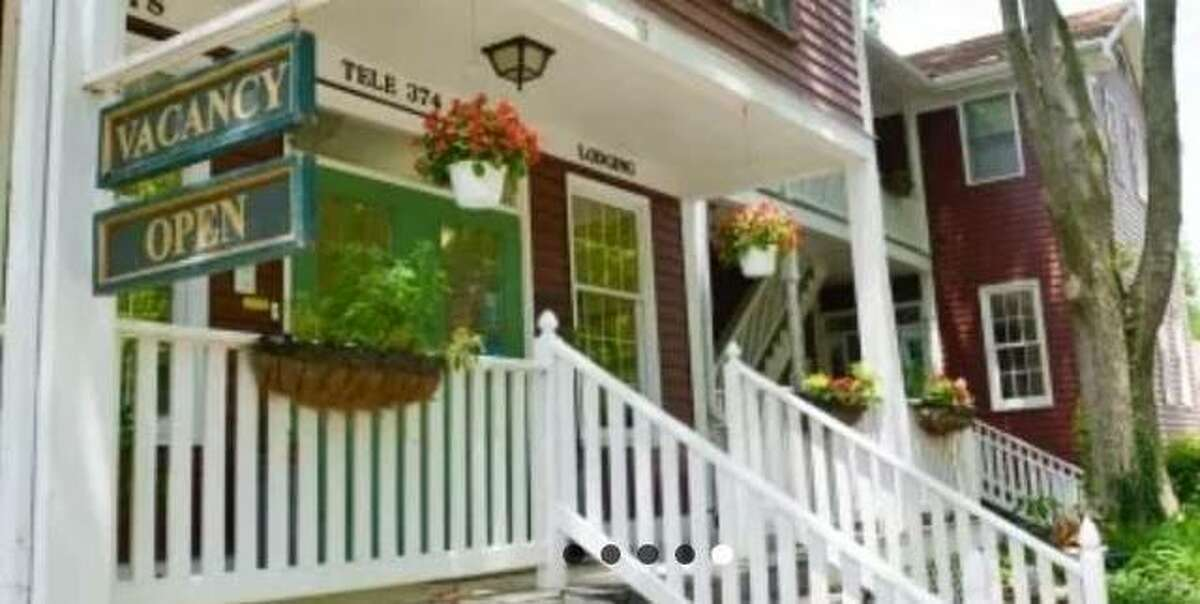 The Green Tree Inn Bed and Breakfast in Elsah has been named a 2021 Travelers' Choice award winner for bed and breakfast inns by Tripadvisor.