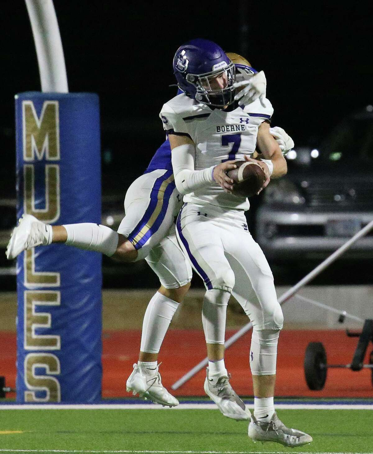 Boerne Will Pearson,7, intercepts a Alamo Heights pass in the end zone. Boerne at Alamo Heights on Friday, August 27, 202. Alamo Heights 34, Boerne 30