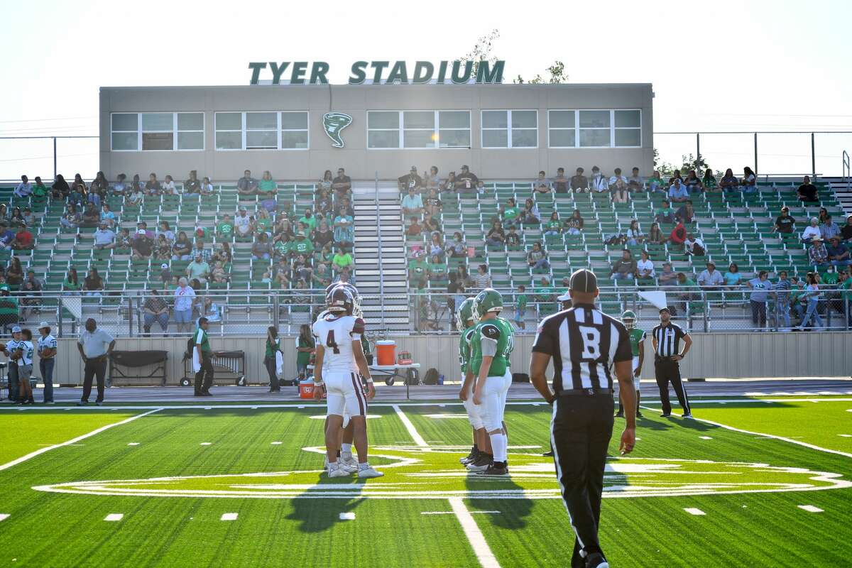 Tulia defeated Floydada 32-0 in a non-district football game on Friday at Tyer Stadium at Floydada.