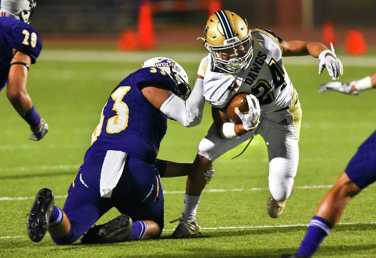 Gael Rodriguez rushed 24 times for 103 yards Friday in Alexander's 14-10 loss at Roosevelt.