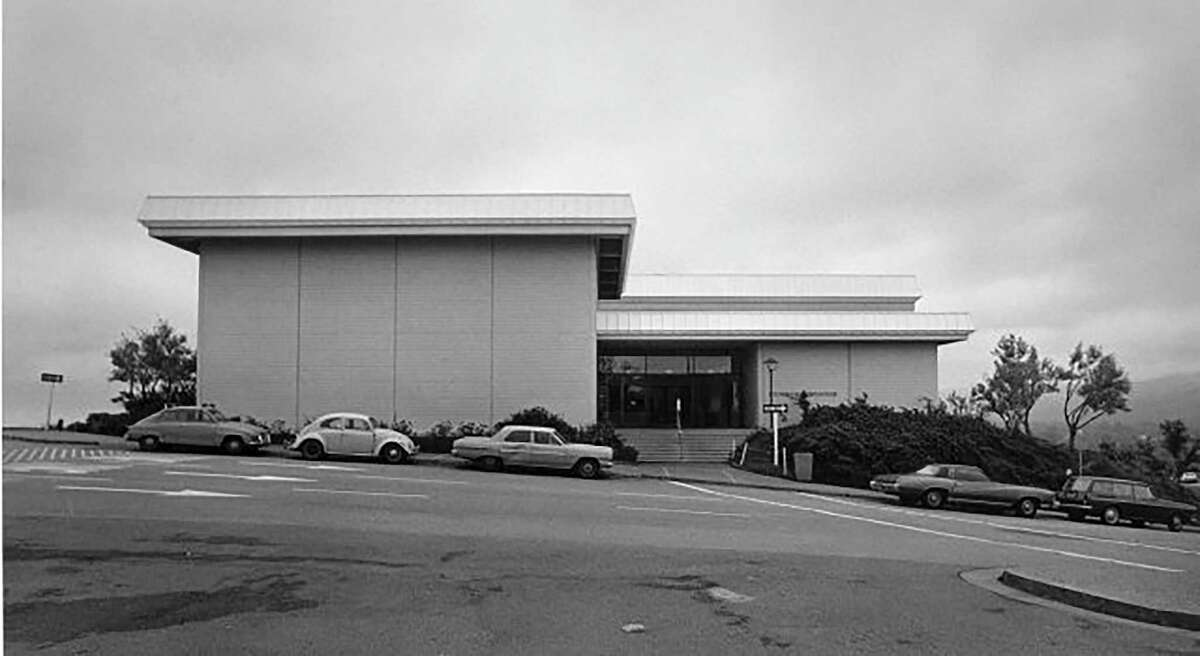 The original gymnasium at Cañada College in 1968 when the Redwood City campus opened.