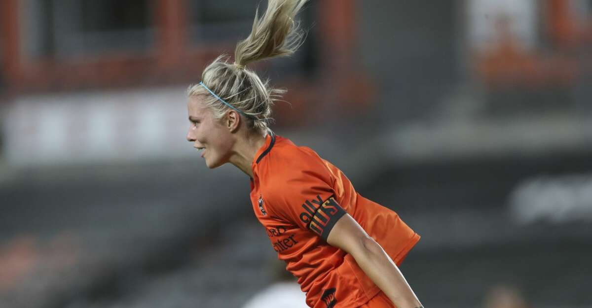 Houston Dash forward Rachel Daly (3) celebrates her goal against the Racing Louisville FC during the second half of the NWSL match Sunday, Aug. 29, 2021, at BBVA Stadium in Houston. Houston Dash defeated Racing Louisville FC 1-0.