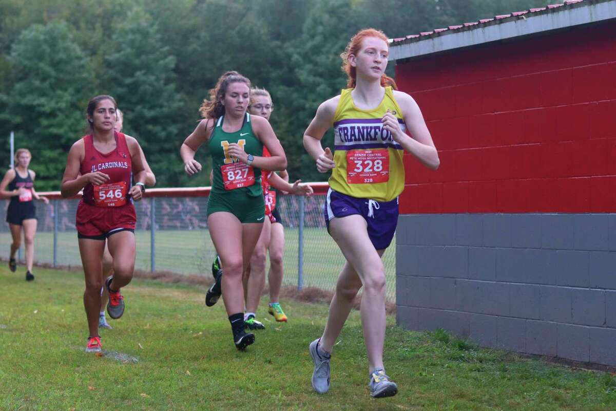 Taylor Myers started her season off right with a top 10 finish at the Moss Invitational as she takes at at all-state honors. (Robert Myers/Record Patriot)