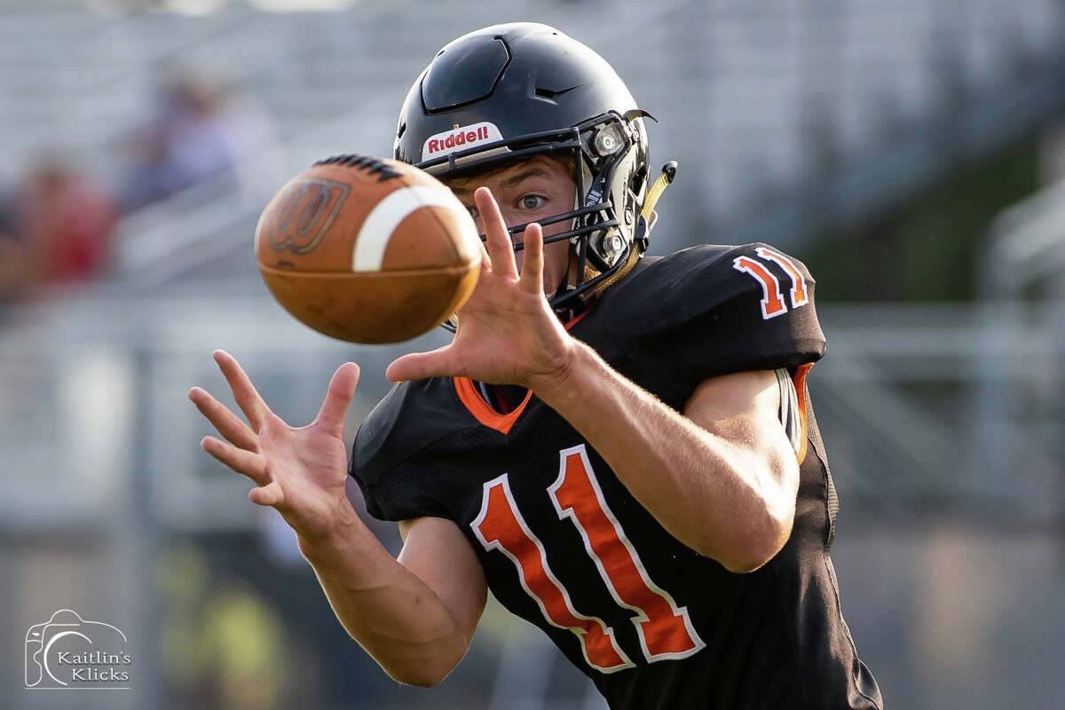 The Ubly Bearcats varsity football team kicked off its quest to return to the state championship game with a 32-22 victory over Unionville-Sebewaing on Friday night.