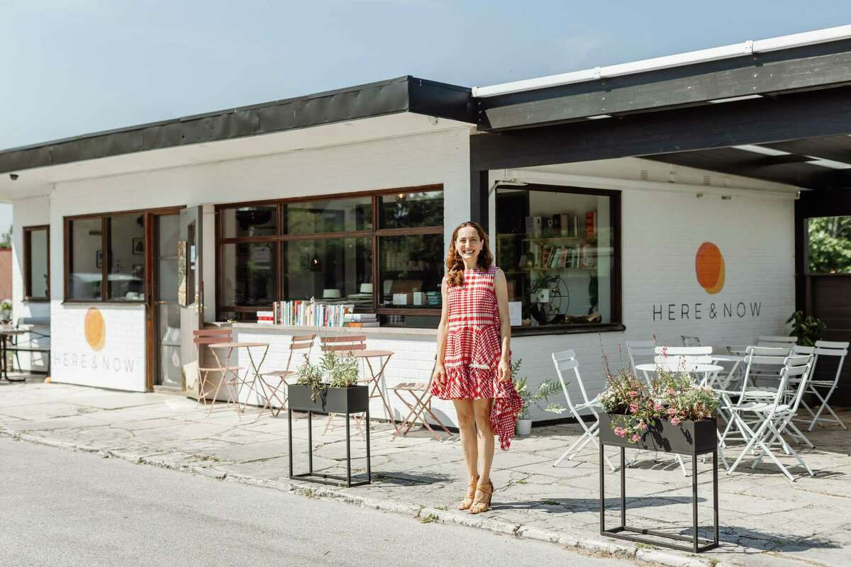 Former Houstonian Emily Bolon opened a Texas-themed cafe on the Swedish island of Gotland in July 2021.