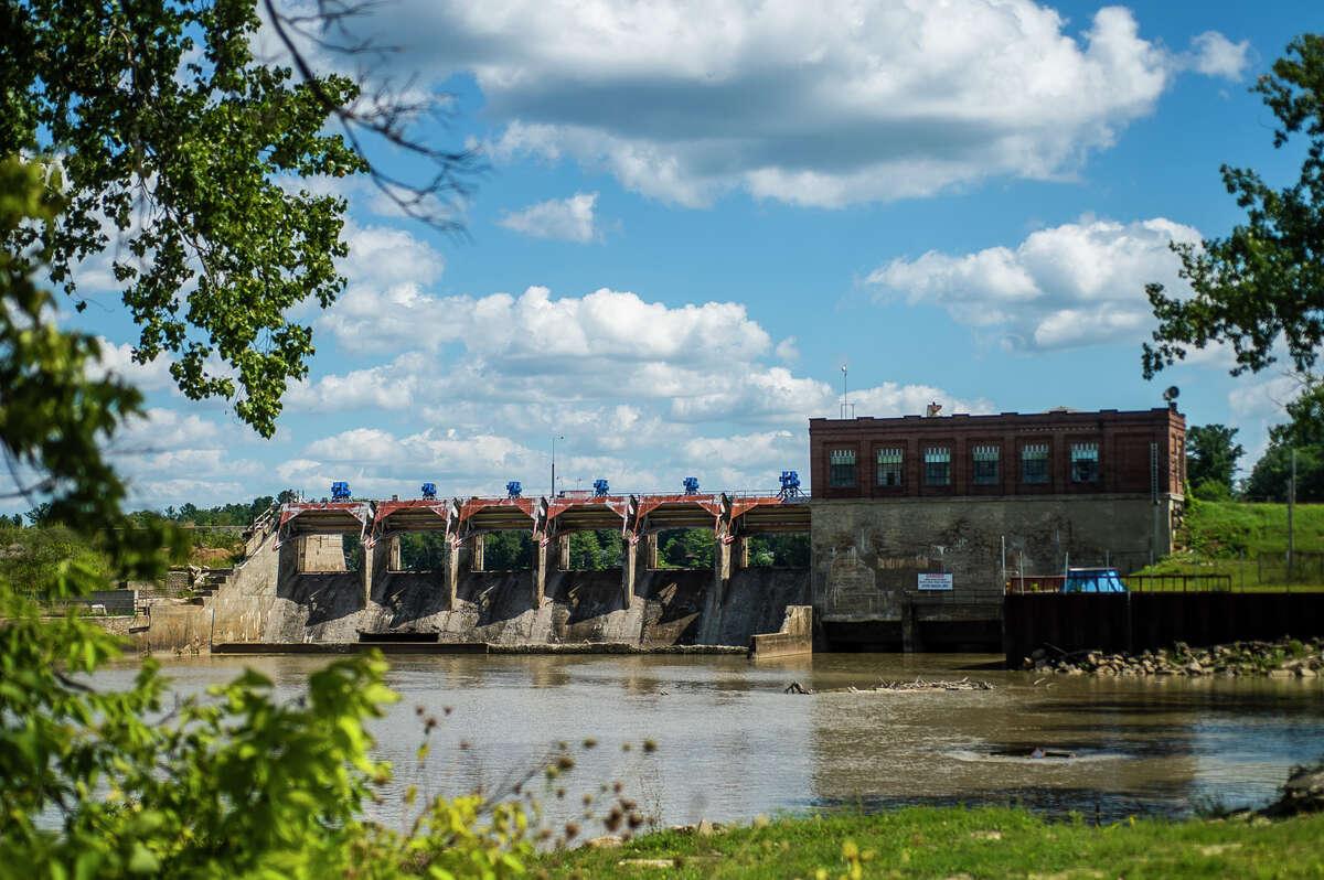 The Sanford Dam is pictured Monday, Aug. 30, 2021 in Sanford. (Katy Kildee/kkildee@mdn.net)