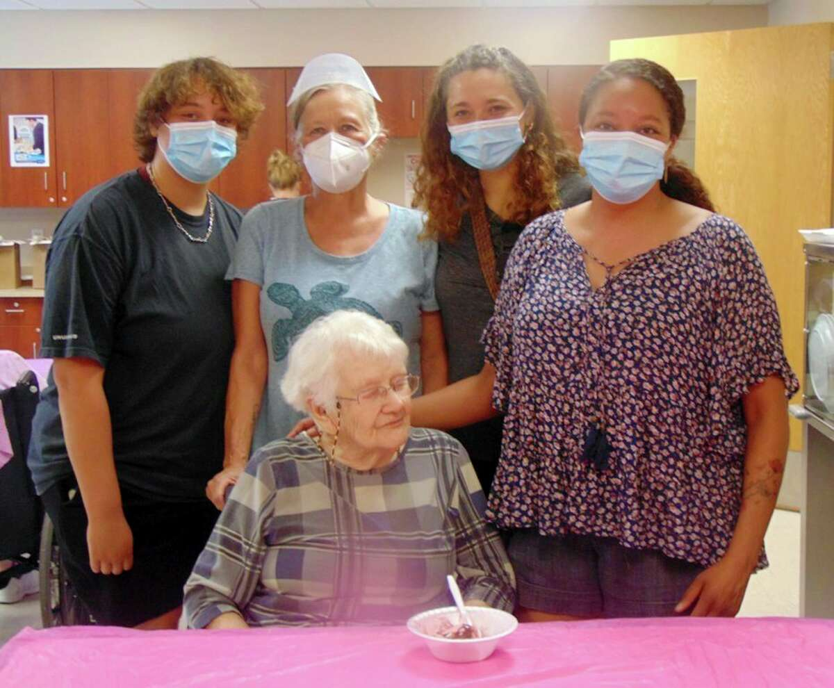 Grand Oaks resident Alice Truxton enjoyed ice cream with four generations of her family. (Star photo/Shanna Avery)