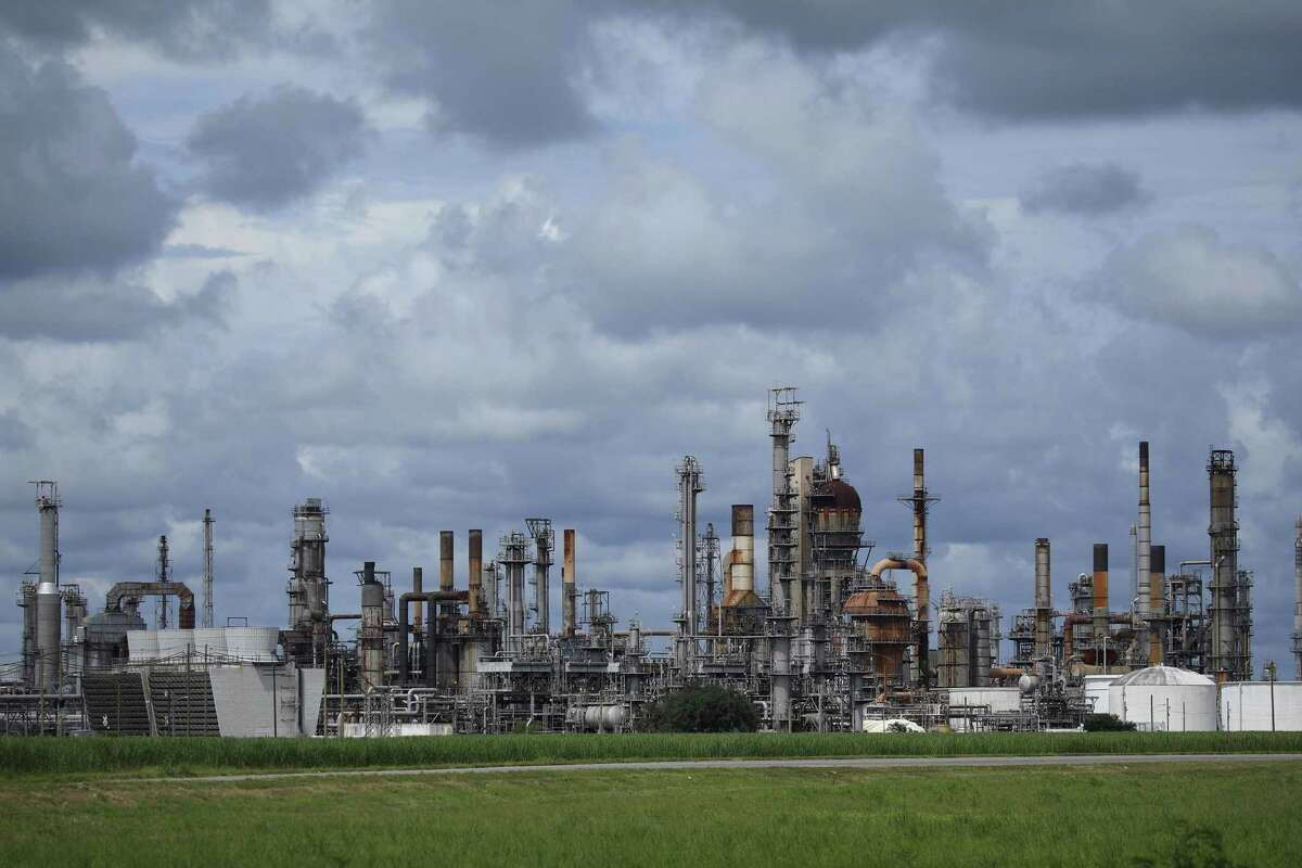 The Royal Dutch Shell Plc Convent Refinery ahead of Hurricane Ida in Convent Louisiana, U.S., on Saturday, Aug. 28, 2021. Hurricane Ida is growing in size and power as it moves north across the Gulf of Mexico toward Louisiana, and New Orleans is bracing for disaster -- clearing out hospital wards, shutting down oil refineries and forcing residents of low-lying neighborhoods to flee. Photographer: Luke Sharrett/Bloomberg
