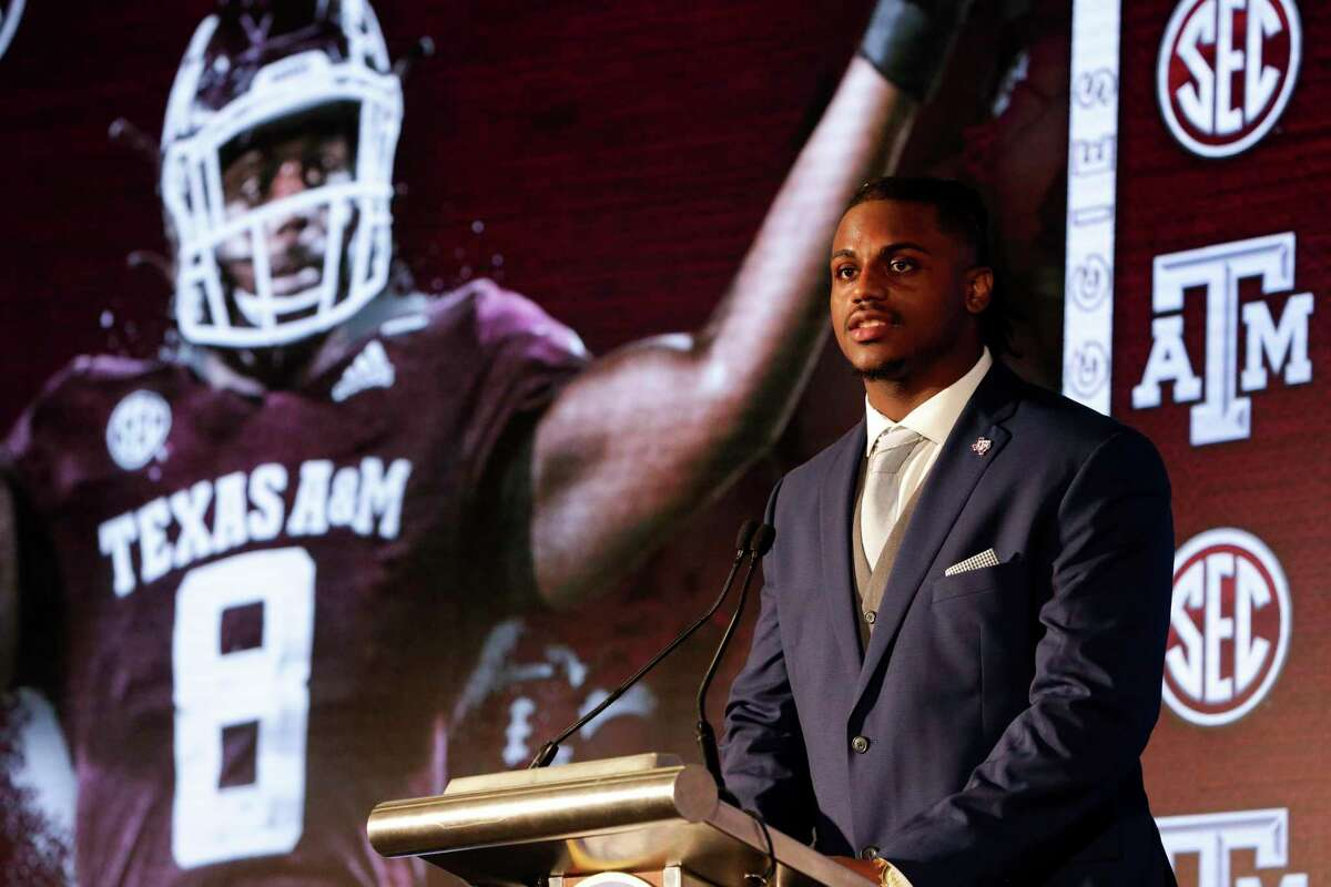 """End DeMarvin Leal, a former Judson star, believes Texas A&M will prove it has """"the best defensive line in the country."""""""