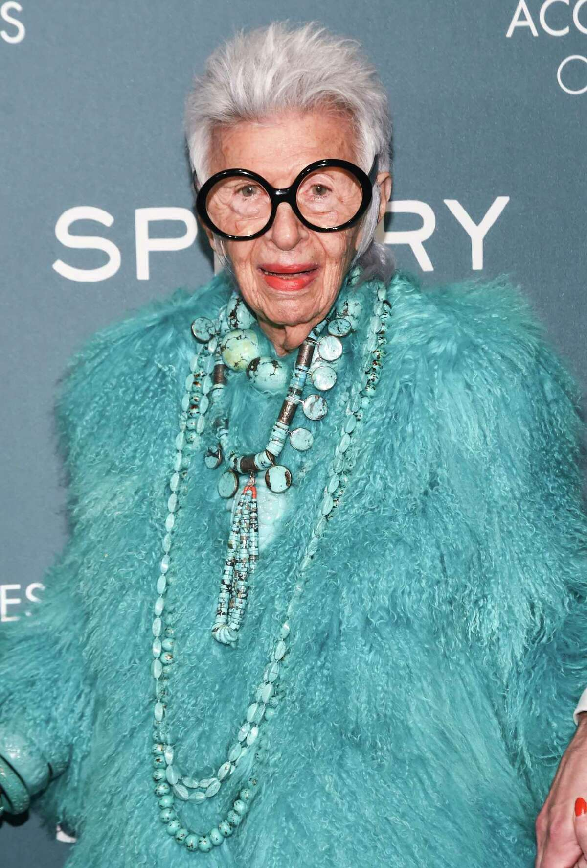 Iris Apfel attends the 22nd Annual Accessories Council ACE Awards in 2018 in New York City.